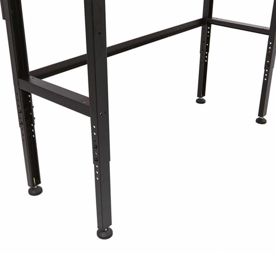 131 cm. Werkbank mit Holzarbeitsplatte und Rücken