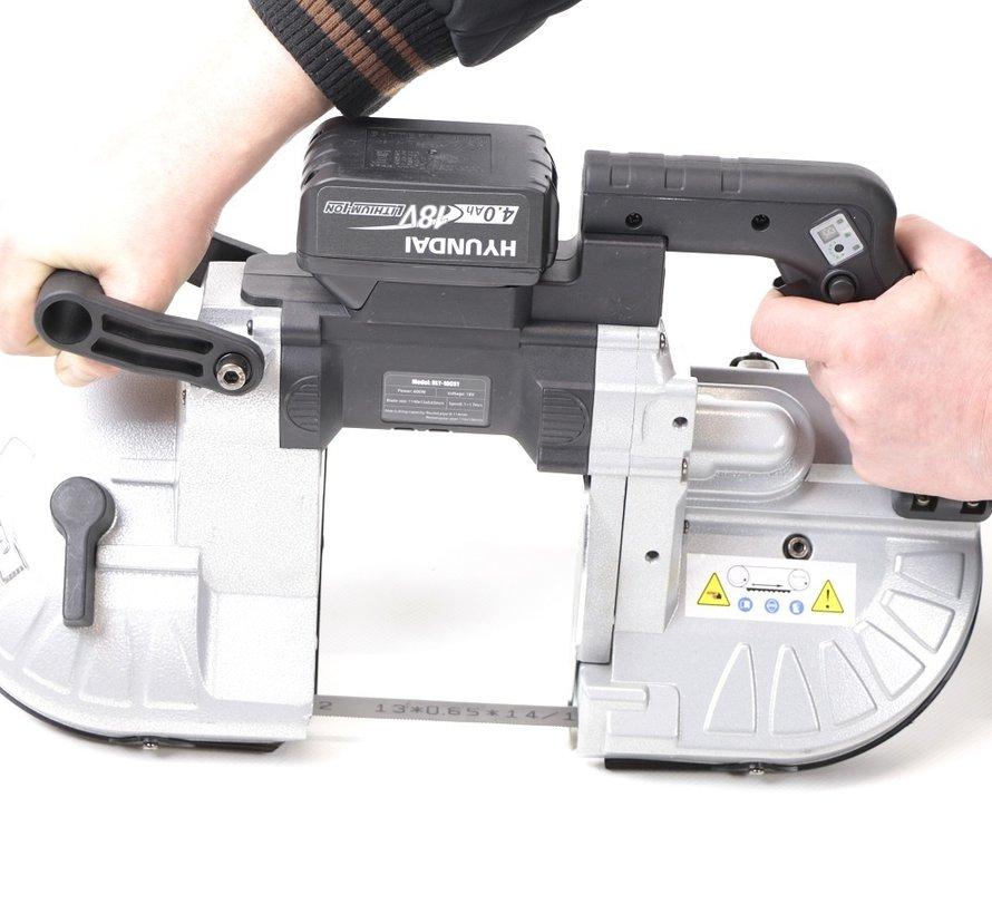 TM 114 Professionelle tragbare variable Metallbandsägemaschine mit 18 V Batterie