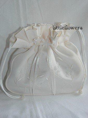 Tasje ivoor met bloemetjes en pareltjes