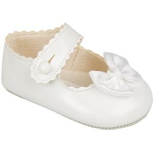 Babyschoentje wit met strikje