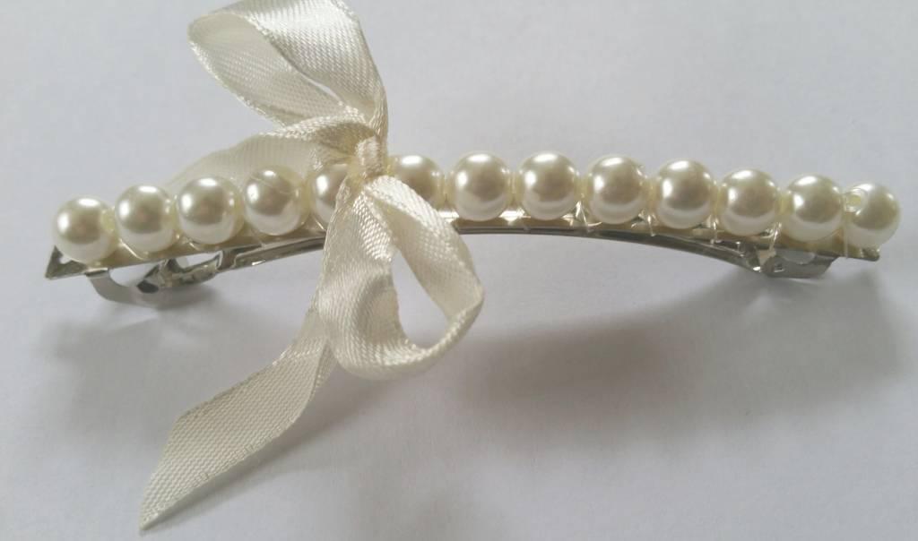 Haarspeld ivoor parel met satijn lintje