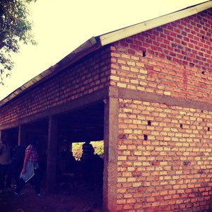 Spende 25% für die Verputzung des Maurer-Workshop-Gebäudes