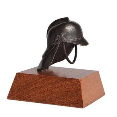 Figurine fire helmet