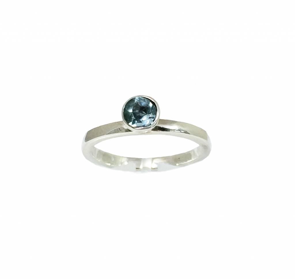 Stackable rings Sky blue topaas