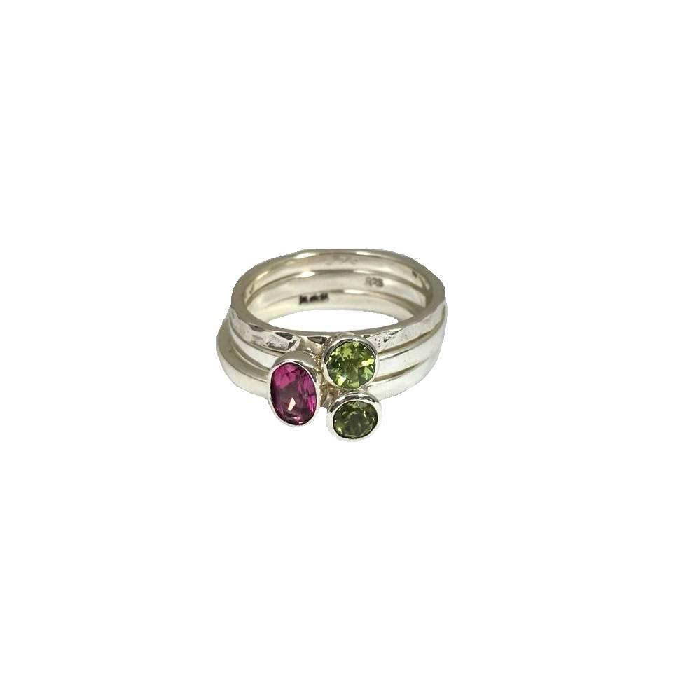 Stackable rings Peridot