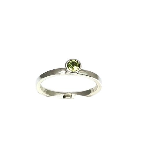 Kiliaan Jewelry stackable rings Peridot