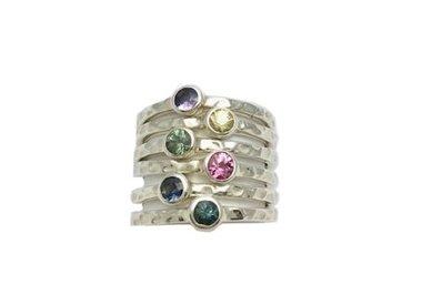 May gemstone: sapphire