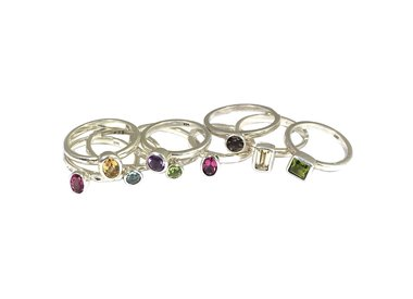 Stackable ring gemstone