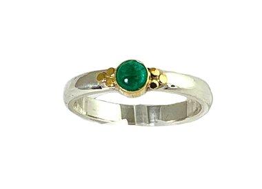 May gemstone emerald