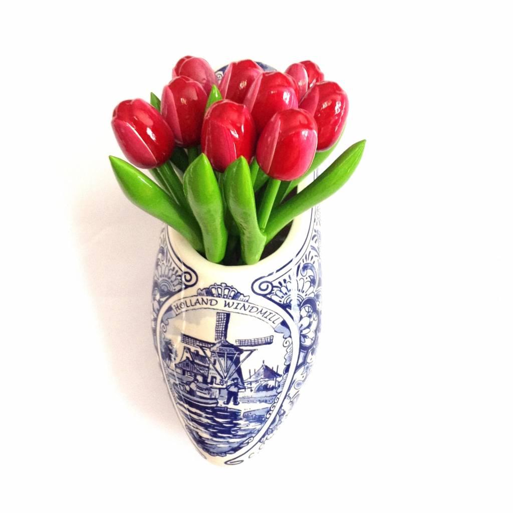 Houten tulpen aan de wand, een schitterde muurdecoratie