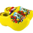 Souvenirs woodenshoes yellow 8cm