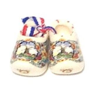 paartje gekleurde souvenirsklompjes  | Originele gekleurde Hollandse klompen verpakt in een paar