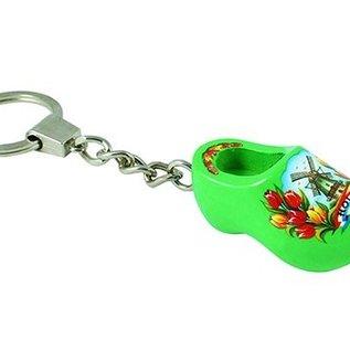 sleutelhanger met een klompje van 4 cm in de kleur groen