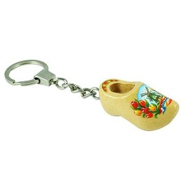 Keyring clog varnished