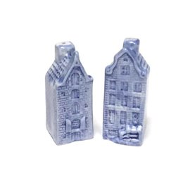 Pepper and salt set of delft blue houses