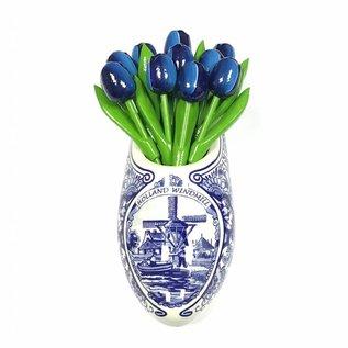 Blaue Tulpen aus Holz ein Delfter blauer Clog
