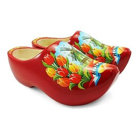 Red pointed wooden shoes with a windmill