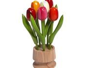 hölzerne Tulpe auf einem Sockel