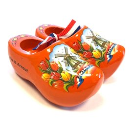 Souvenirs clogs with text 10 cm