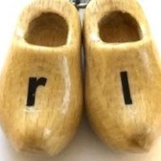 Clog on a with text