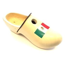 Birdhouse clog with flag