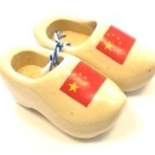 souvenir clogs with flag 14 cm