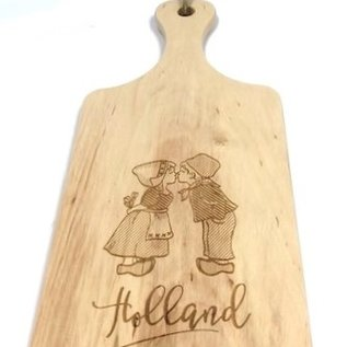 cutting board with image of a kissing couple