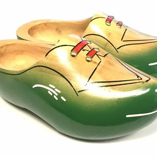 Robust wooden shoes green