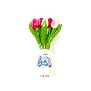 Gemischte rosa Tulpen aus Holz in einer weißen Holzvase
