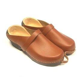 simson Brown skipperclogs