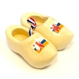 souvenir clogs with flag 14 cm