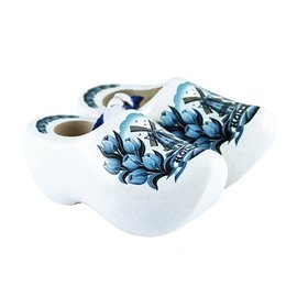 Delft blue souvenir clog