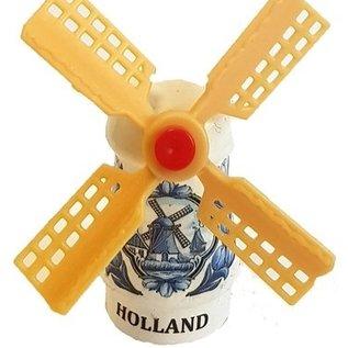Delft blue souvenir mill on a magnet