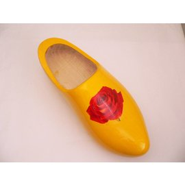 Dutch Clog designed as a plant hanger / rose