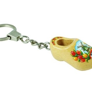 keychain with clog with text