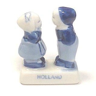 kissing couple delfts blue   4,5cm