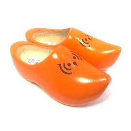 pointed wooden shoes with logo