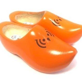 Holshuhe mit pitze Nase mit Logo