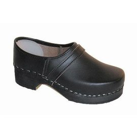 Shoe clogs