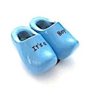 Geburts Clog auf einem Magneten