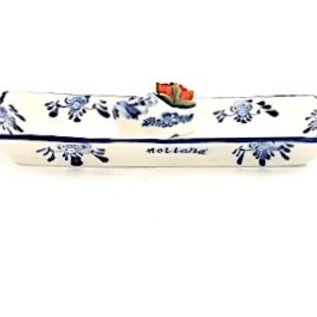 Delft blue dish with clog