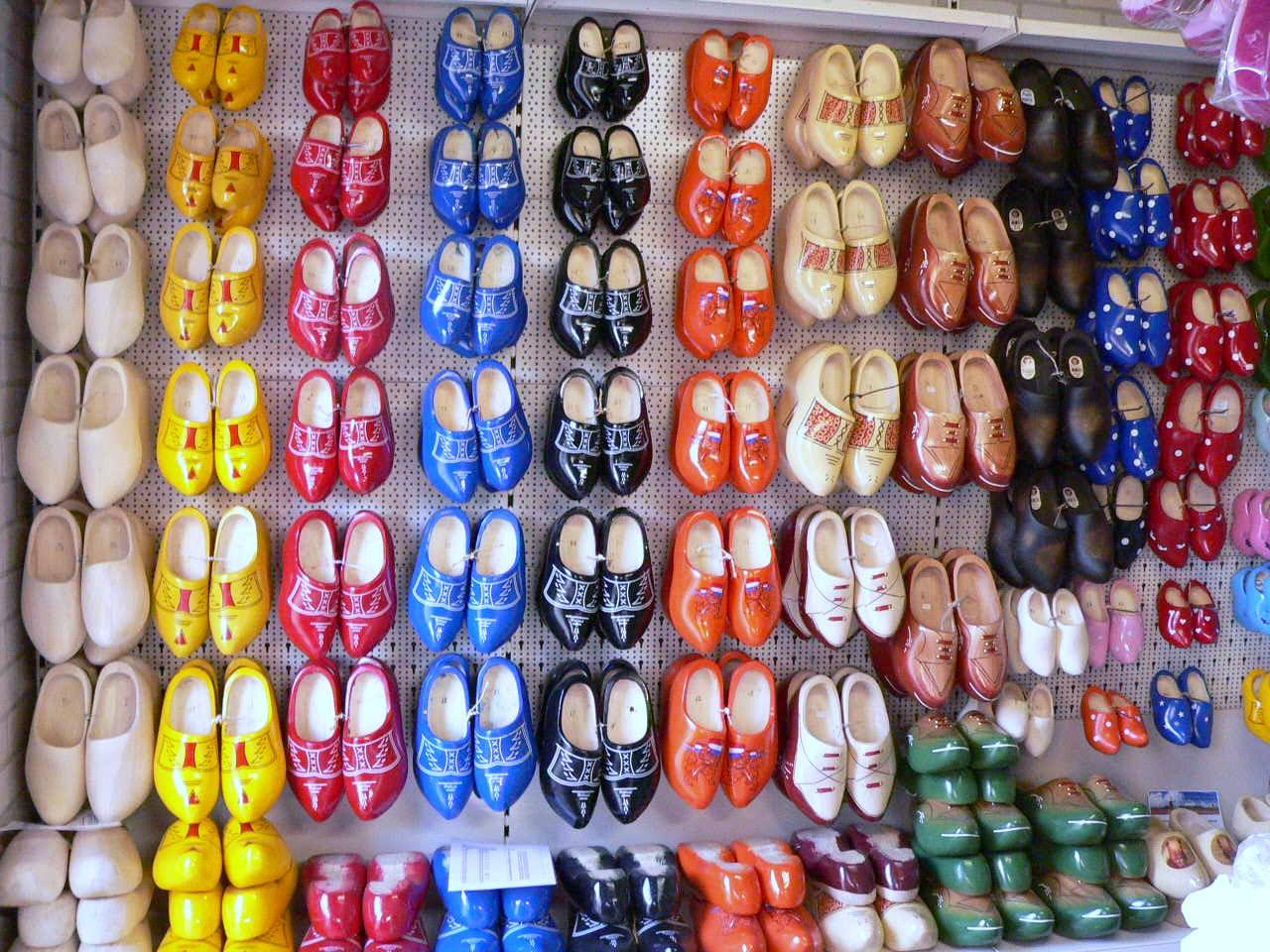 Wooden shoes, fun for young and old