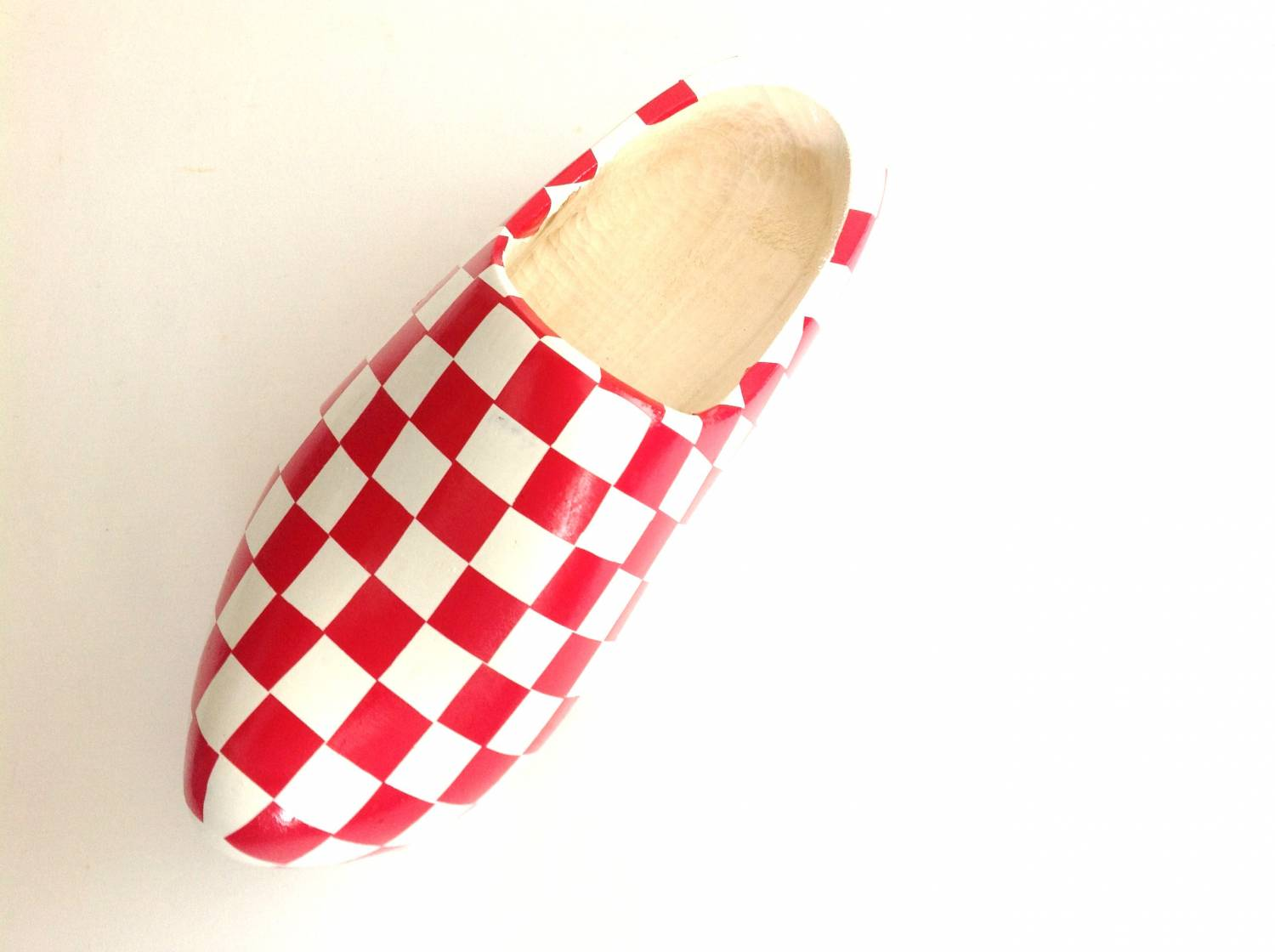 Wooden shoes are back!