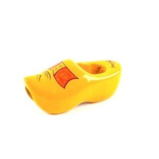 Cravat wooden shoe in the color yellow