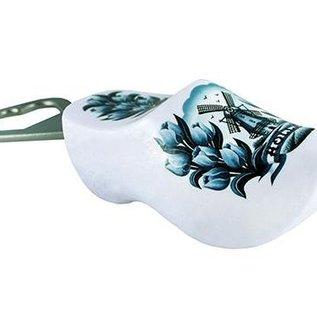 Bottle opener-wooden shoe white