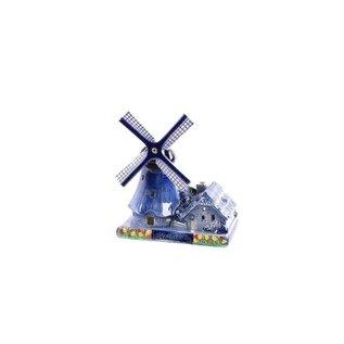 Holländische Windmühle mit Kerze