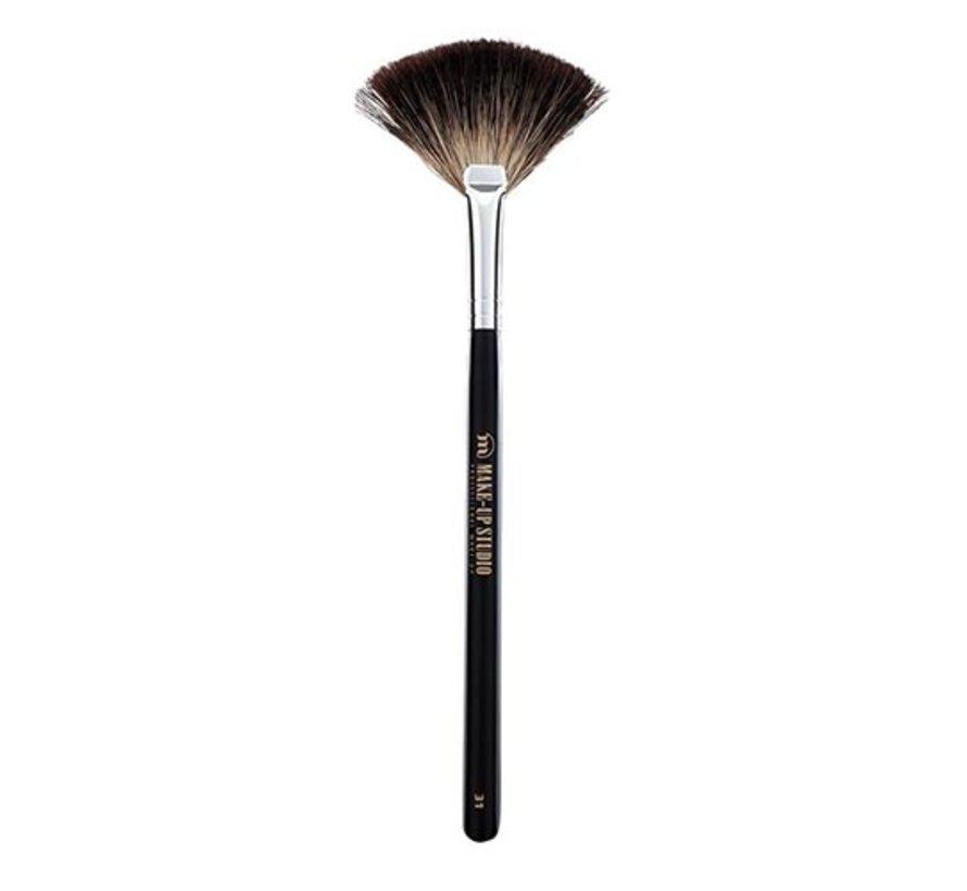 Make-Up Studio Nr. 31 Waaierpenseel Dashaar