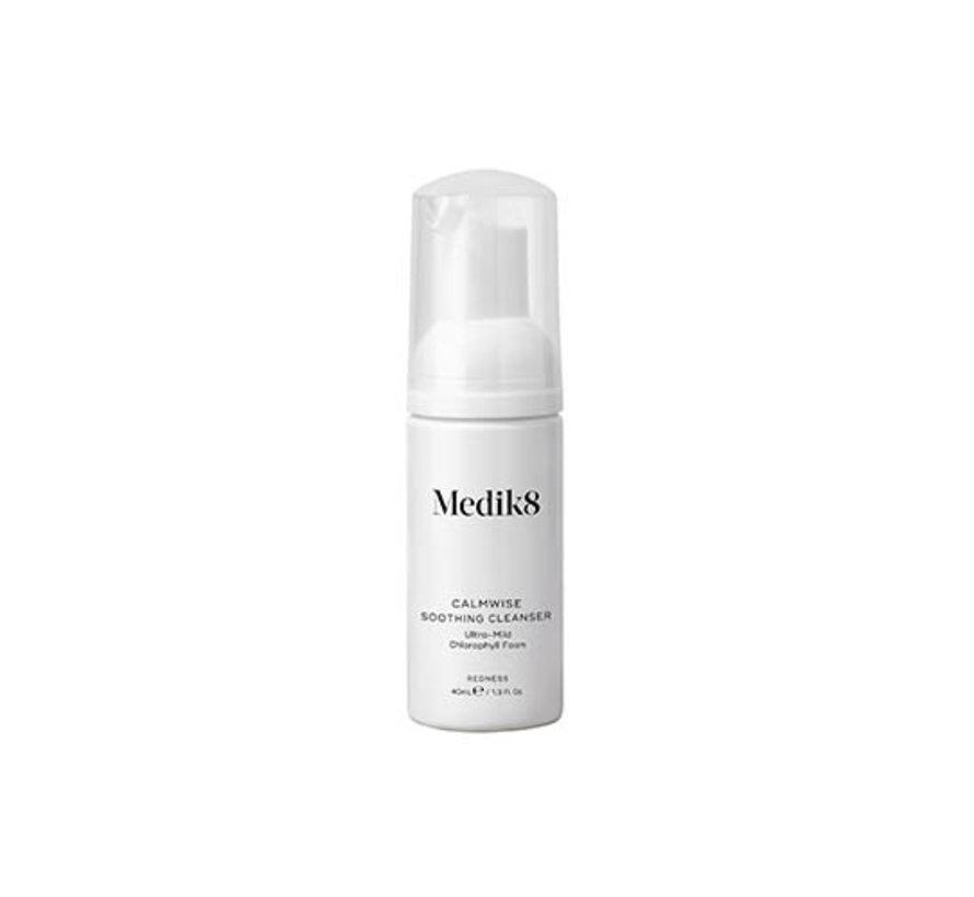 Medik8 Calmwise Soothing Cleanser 40ml