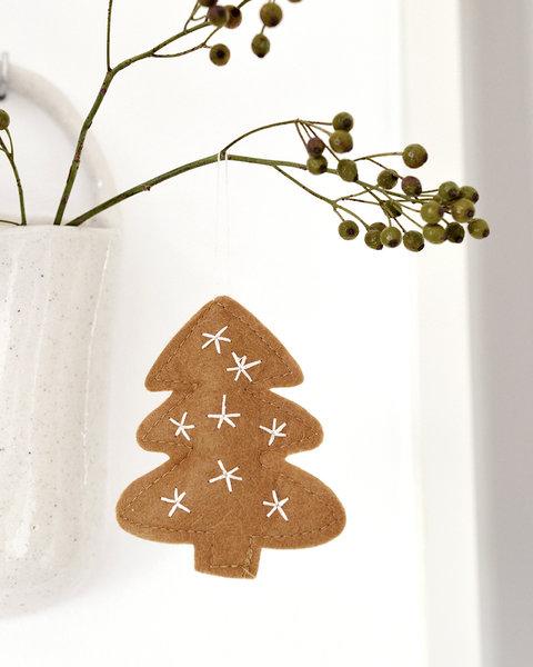 5 CARAMEL FELT CHRISTMAS TREE ORNAMENTS