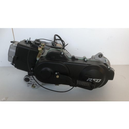 Engine GY6  50cc 10 inch Euro4/EFI scooter long rear axle